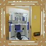 矯正治療の診断に欠かせない低線量の歯科用CTと頭部規格X線写真撮影装置を備えてい ます/みやび矯正歯科医院