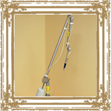 炭酸ガスレーザーです。レーザーの照射により、矯正装置による口内炎を和らげることが 出来ます。/みやび矯正歯科医院